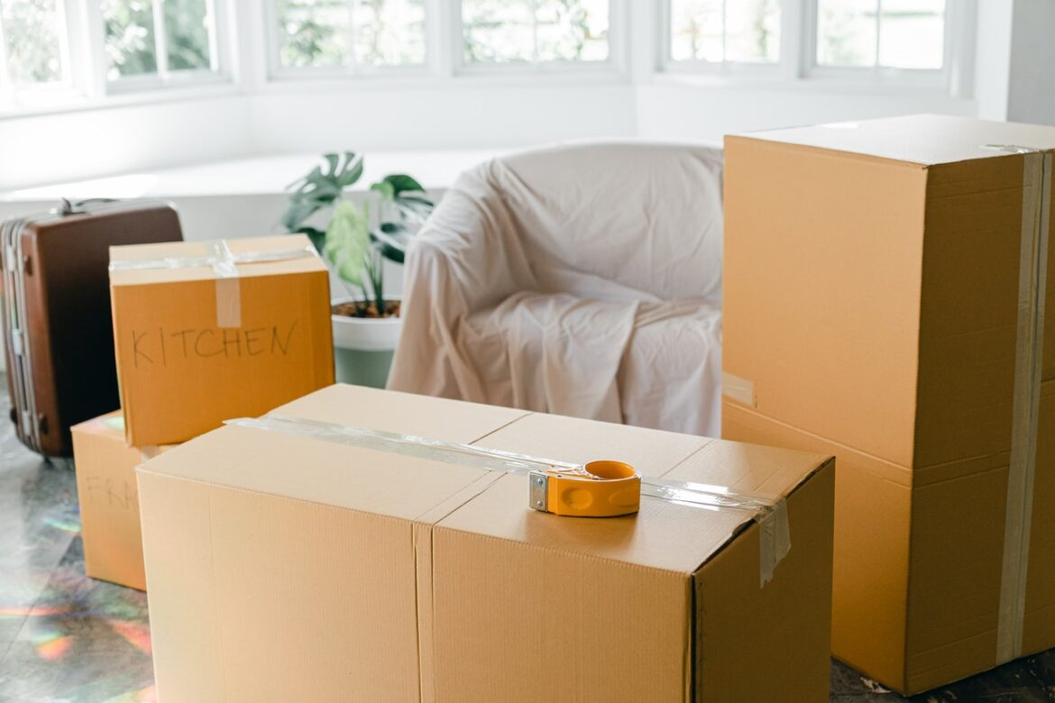 Pick Packers And Movers In Chandigarh With Suitable Services
