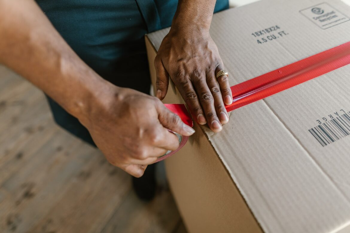 Pack Goods Confidently Before Hiring Packers and Movers in Pune