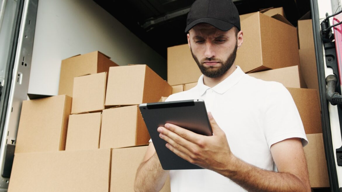Happy with effort and smooth movement, providing packing and moving company to Raipur