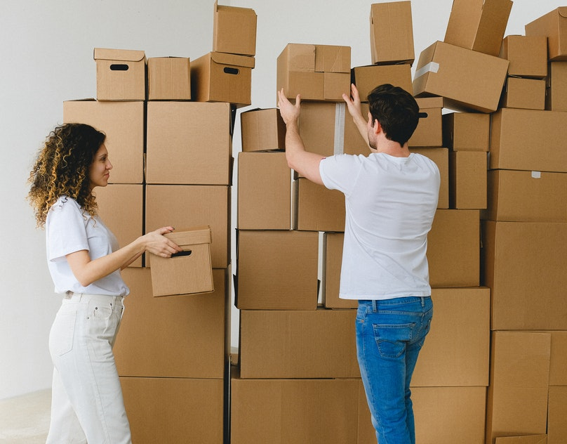 3 EASY WAYS TO USE CONTAINERS TO HELP WITH MOVING