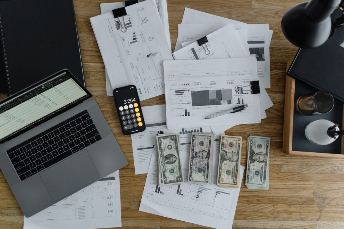 Here's Why You Should Outsource Bookkeeping Services