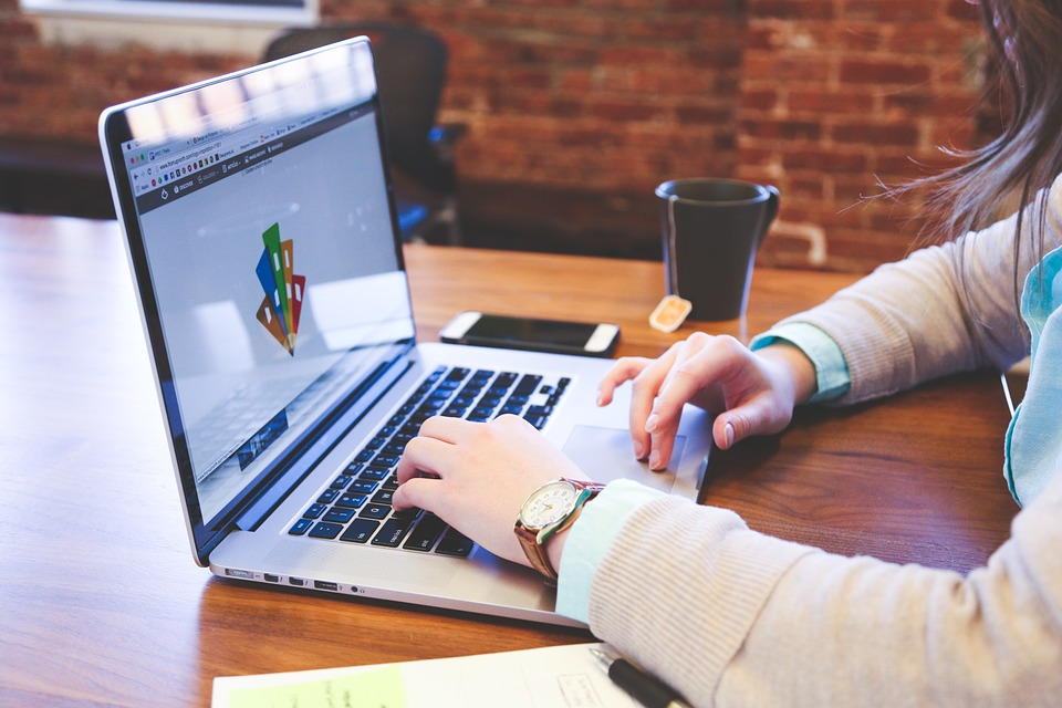 3 Benefits of Outsourcing Software Development Services